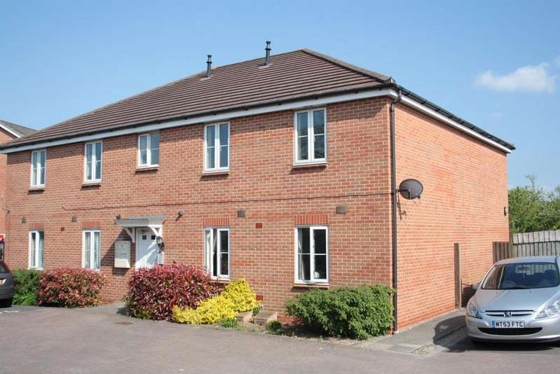 1 Bedroom Ground Flat for sale in Gatcombe Road, Hartcliffe, Bristol, BS13 9RG