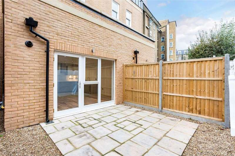 2 Bedrooms Flat for sale in Cornwall Road, Waterloo, London, SE1