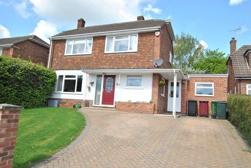 3 Bedrooms Link Detached House for sale in Emmer Green