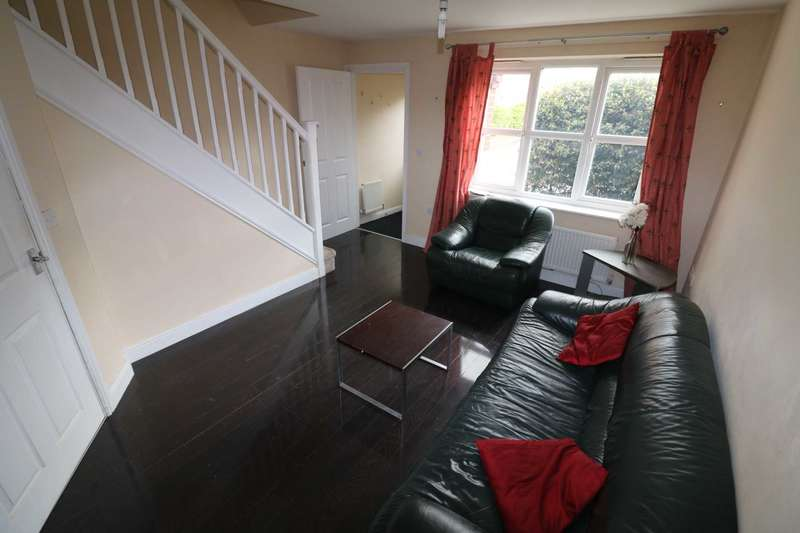 3 Bedrooms Semi Detached House for sale in Westbank, Widnes