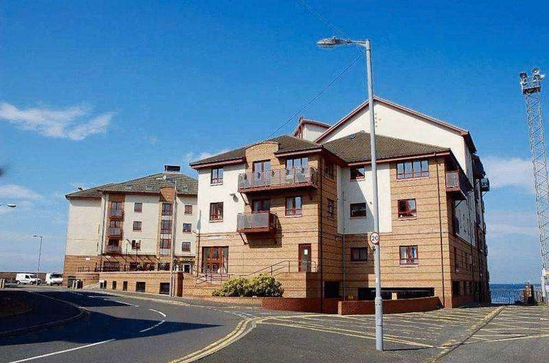 3 Bedrooms Flat for sale in Churchill Tower, Ayr