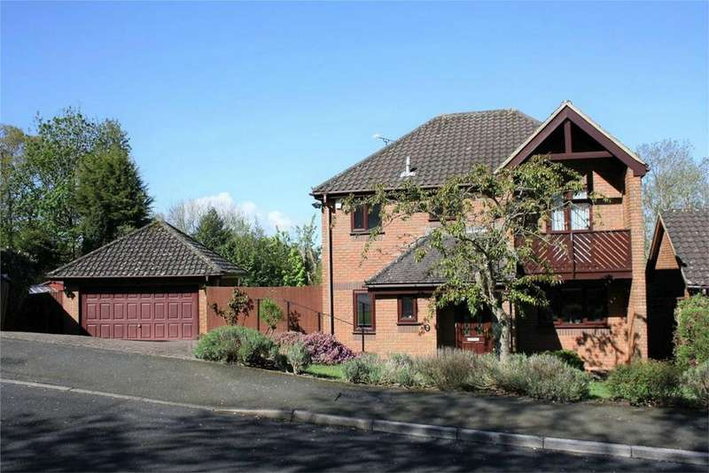 4 Bedrooms Detached House for sale in Bowmans Drive, BATTLE, East Sussex