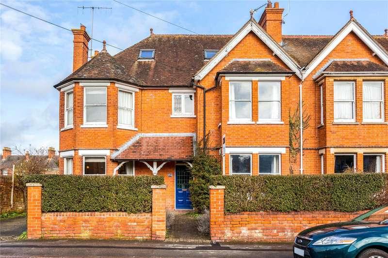 4 Bedrooms Detached House for sale in Craven Road, Newbury, Berkshire, RG14