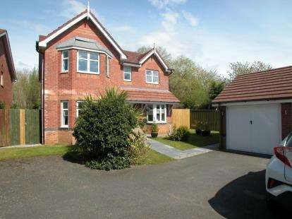 4 Bedrooms Detached House for sale in Millfield, Neston, Cheshire, CH64