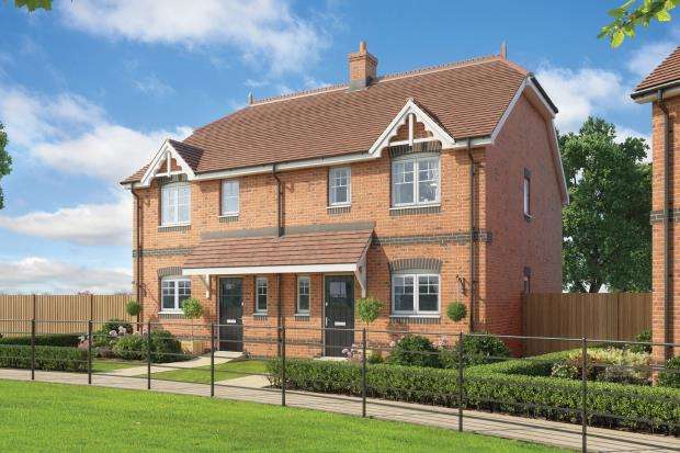 3 Bedrooms Semi Detached House for sale in Whichers Gate Road, Rowlands Castle, .