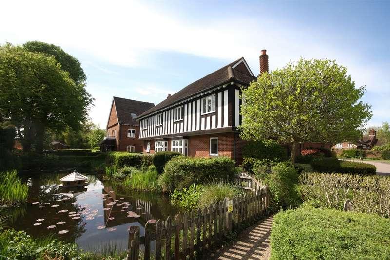 2 Bedrooms Flat for sale in Middle Green, Brockham, Betchworth, Surrey, RH3