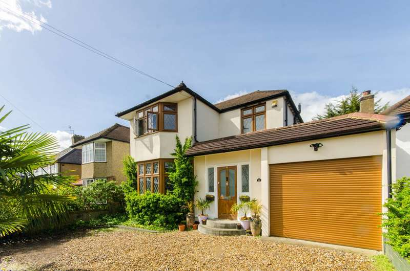 4 Bedrooms Detached House for sale in Featherstone Road, Mill Hill, NW7