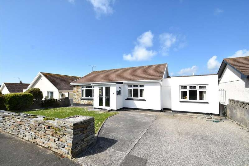 3 Bedrooms Detached Bungalow for sale in Trerice Drive, Newquay