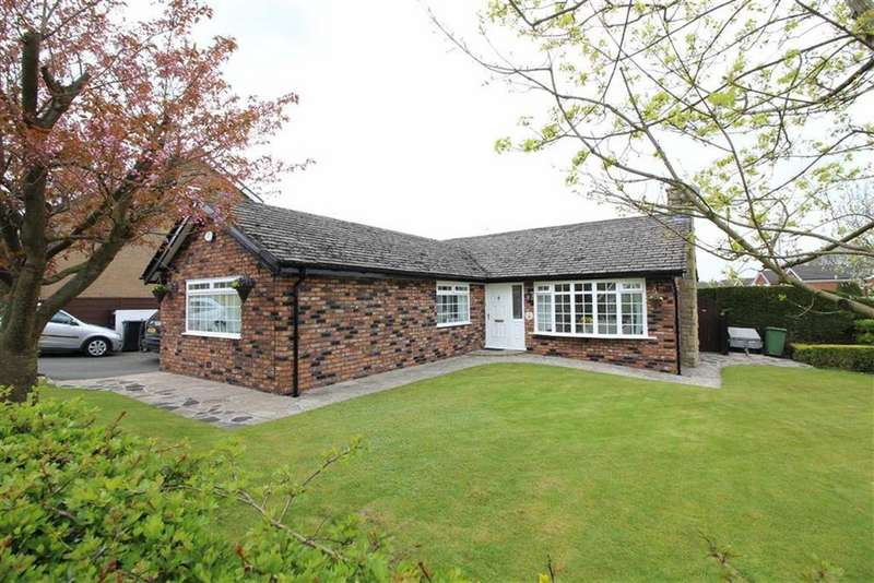 3 Bedrooms Detached Bungalow for sale in Counting House Road, Disley, Stockport, Cheshire