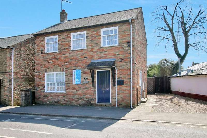 3 Bedrooms Detached House for sale in New Road, Chatteris
