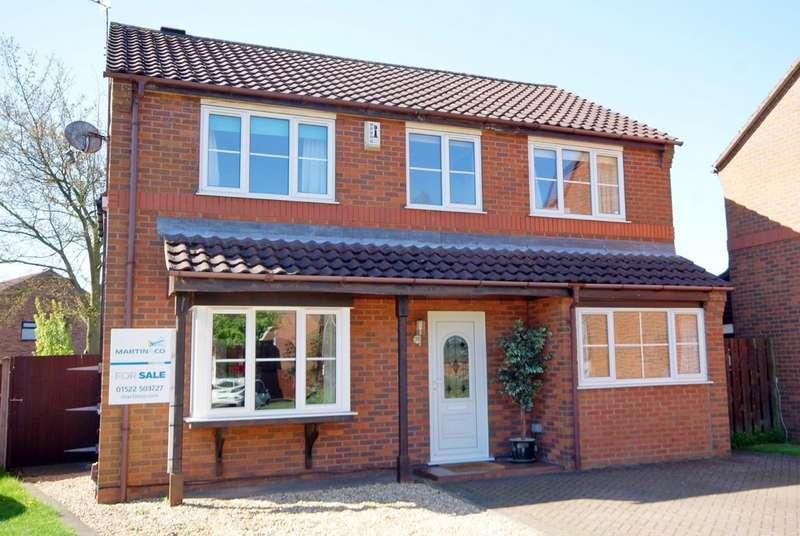 5 Bedrooms Detached House for sale in Faldingworth Close , Doddington Park LN6