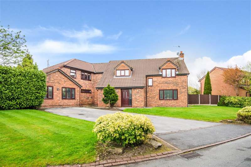 4 Bedrooms Detached House for sale in Rose Acre, Ellenbrook, Worsley, Manchester, M28 1YT