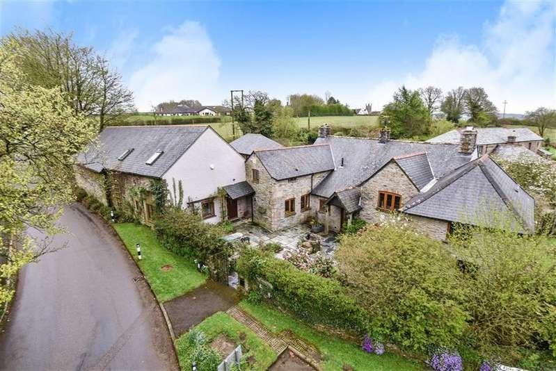 7 Bedrooms Detached House for sale in Venterdon, Callington, Cornwall, PL17