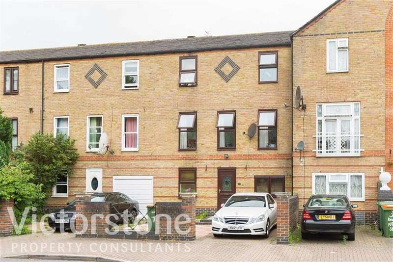 5 Bedrooms Town House for sale in Kingfisher Street, Beckton, London