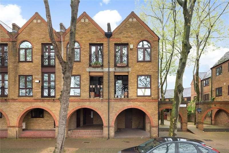 2 Bedrooms Flat for sale in Brunswick Quay, London, SE16
