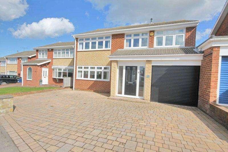 4 Bedrooms Detached House for sale in Sandmoor Road, New Marske