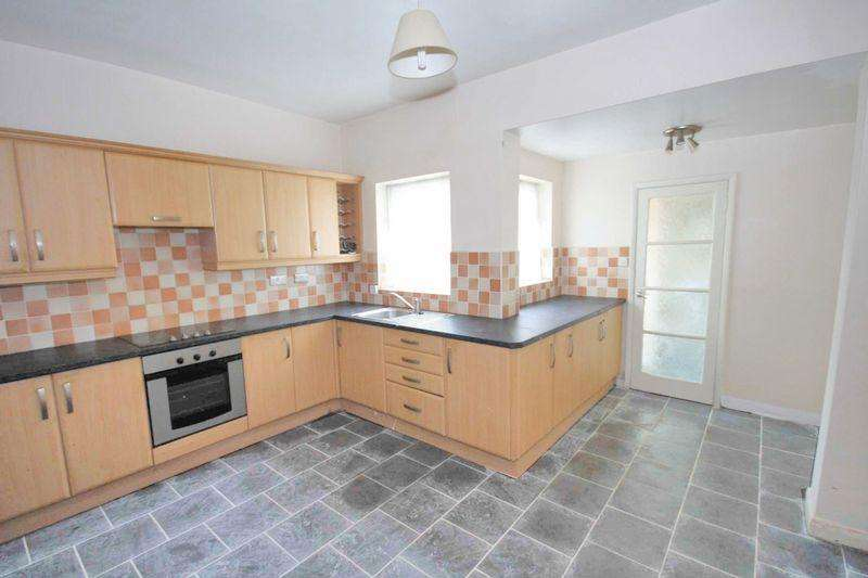 2 Bedrooms Terraced House for rent in Gladstone Street, Carlin How
