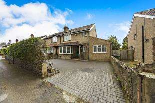 4 Bedrooms Semi Detached House for sale in Colston Avenue, Carshalton, Surrey, England