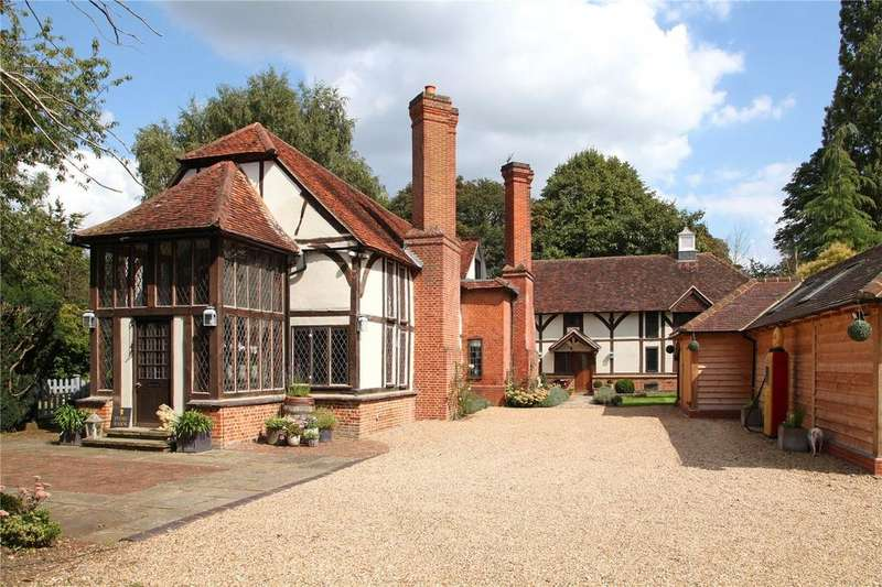 6 Bedrooms Detached House for sale in Twyford Road, Waltham St. Lawrence, Reading
