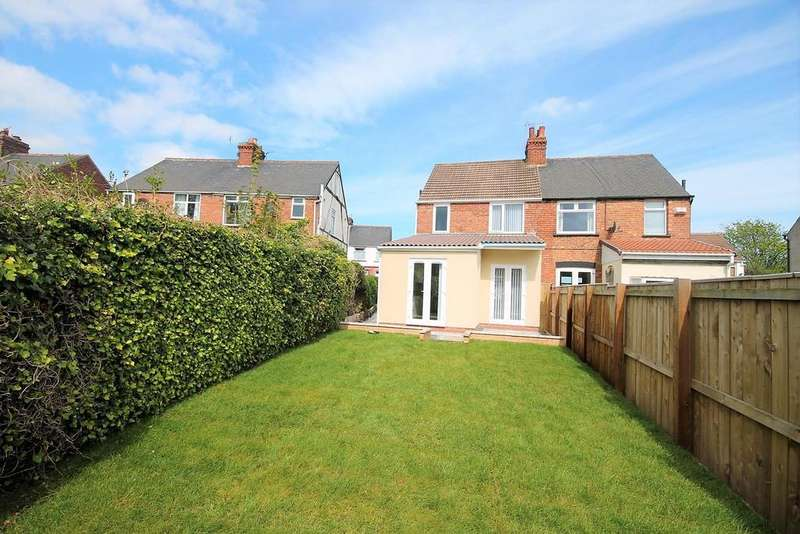 3 Bedrooms Semi Detached House for sale in Southfield Crescent, Stockton-On-Tees