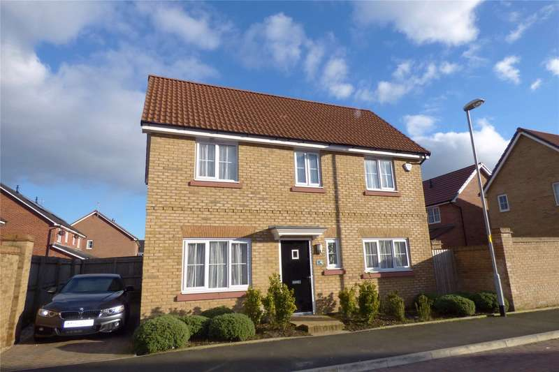 3 Bedrooms Detached House for sale in Weaver Close, Heywood, Lancashire, OL10