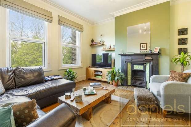 1 Bedroom Flat for sale in Connaught Road, Harlesden, London