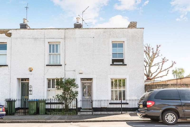 2 Bedrooms End Of Terrace House for sale in Bowater Place, London