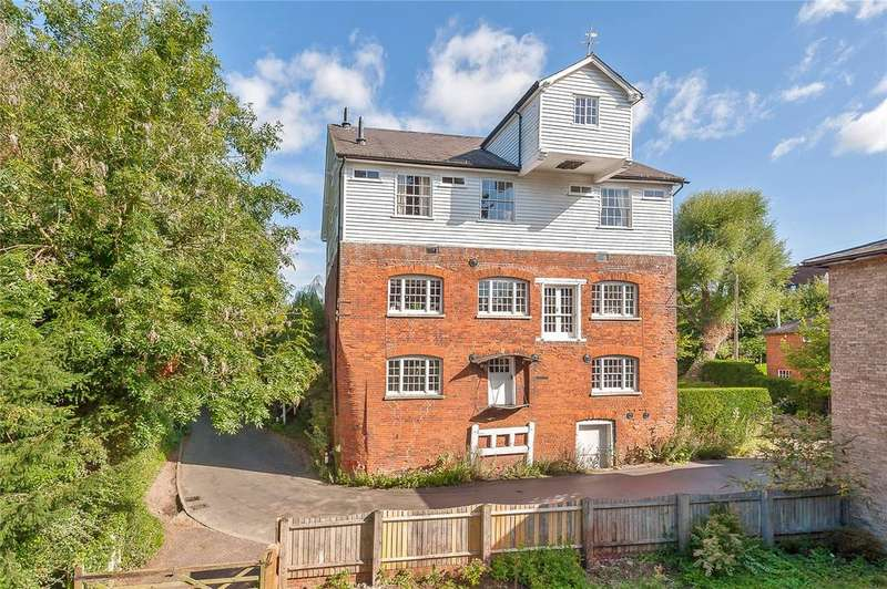 6 Bedrooms Detached House for sale in Bulford Mill Lane, Cressing, Braintree, Essex, CM77