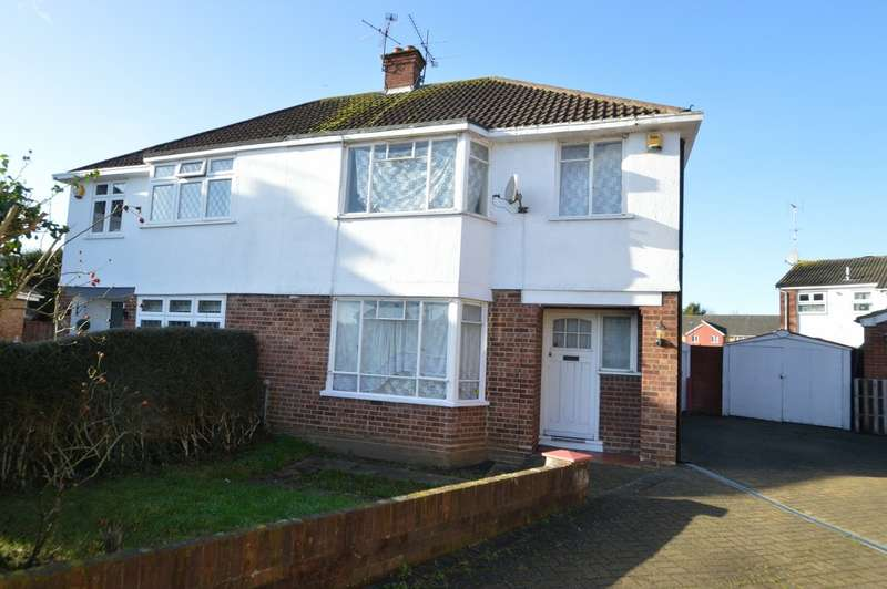 3 Bedrooms Semi Detached House for sale in Raymond Road, Langley, SL3