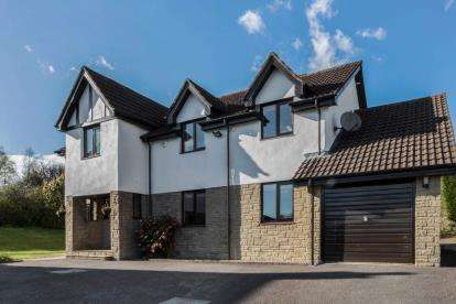 4 Bedrooms Detached House for sale in Langbank Rise, Kilmacolm