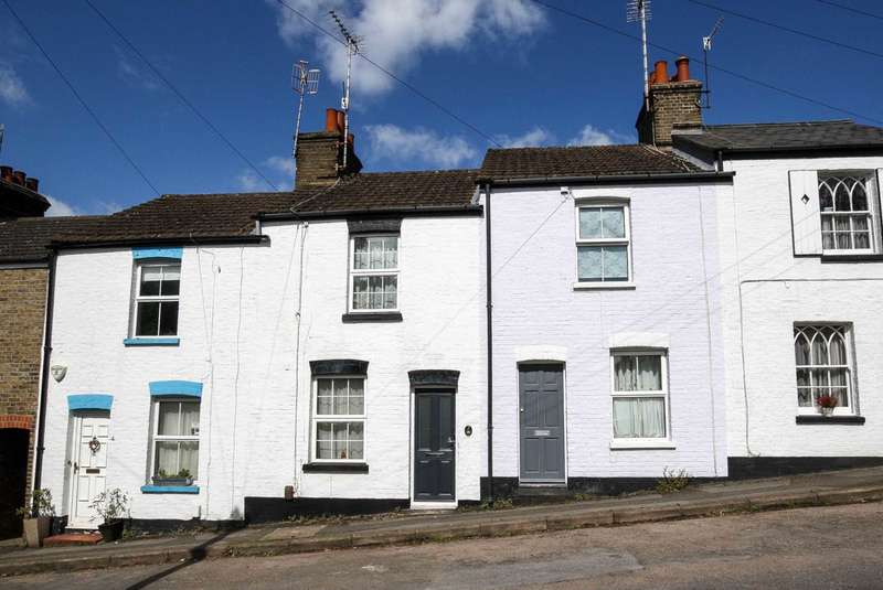 2 Bedrooms Cottage House for rent in New Street, Berkhamsted