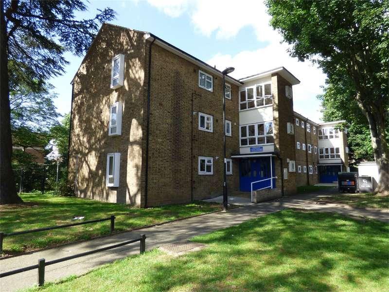 2 Bedrooms Property for sale in Moree Way Edmonton London