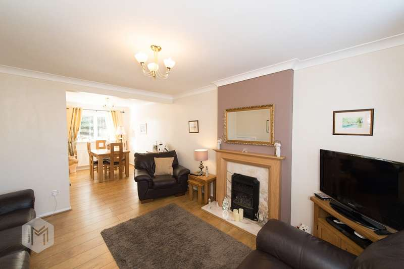 3 Bedrooms Detached House for sale in Whitsbury Avenue, Hindley, Wigan, WN2