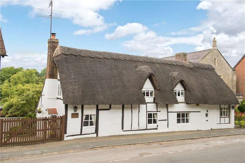 3 Bedrooms Unique Property for sale in High Street, Whitchurch, Aylesbury, Buckinghamshire