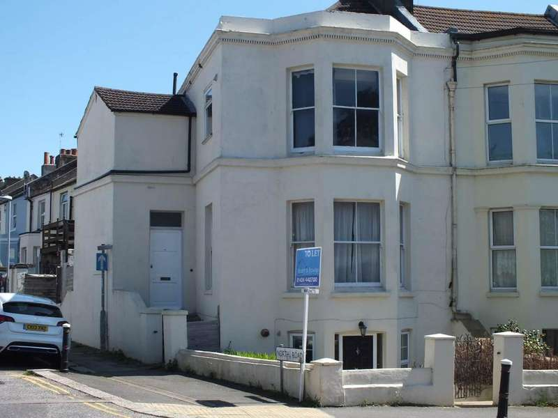 3 Bedrooms Flat for rent in London Road, St Leonards on Sea, East Sussex