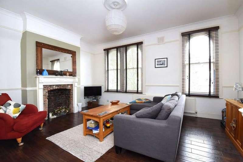 2 Bedrooms Flat for sale in Algiers Road, SE13