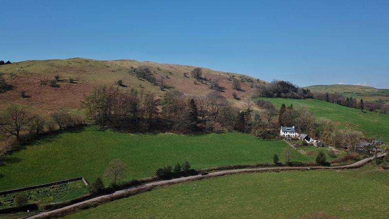 4 Bedrooms Detached House for sale in Under Knotts, Firbank, Sedbergh