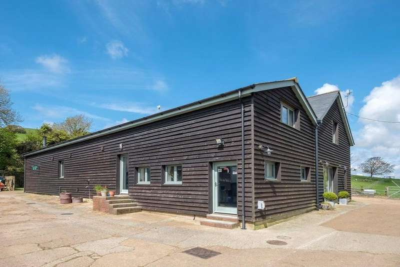 2 Bedrooms Semi Detached House for sale in Appuldurcombe Road, Wroxall, Ventnor, Isle Of Wight, PO38