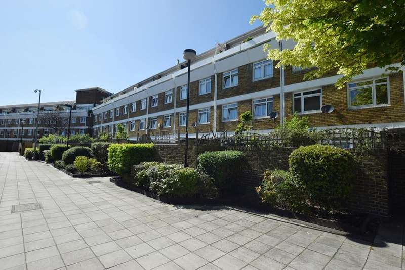 2 Bedrooms Maisonette Flat for sale in Flaxman Road Camberwell SE5