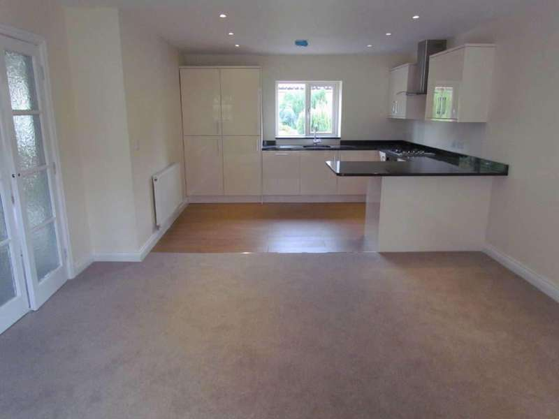 2 Bedrooms Semi Detached House for rent in Hurrell Lane, Thornton Dale,