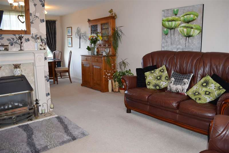 3 Bedrooms Detached House for sale in Greyrigg Avenue, Cockermouth