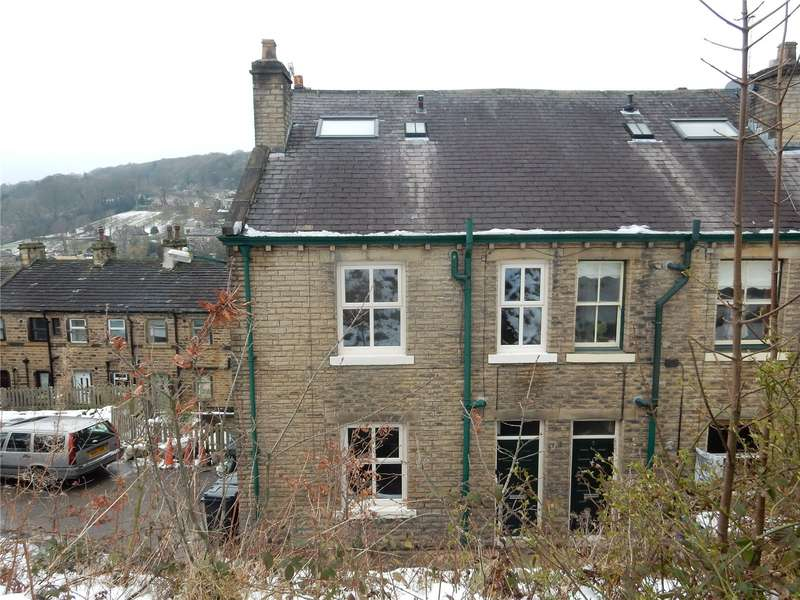 4 Bedrooms Property for rent in Quarry Mount Holmfirth
