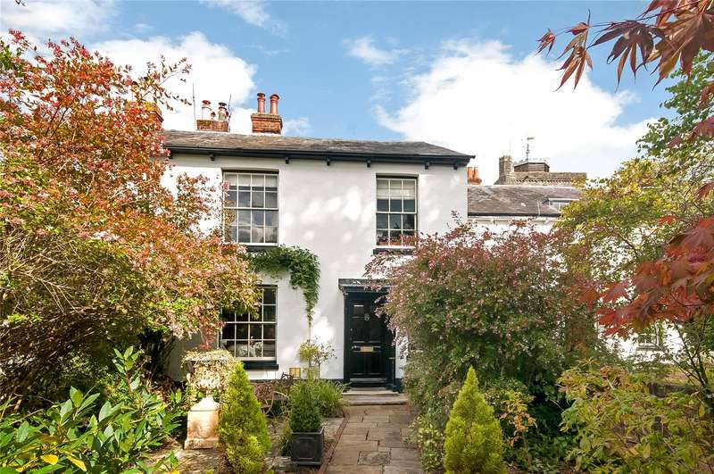 4 Bedrooms House for sale in The Abbey, Romsey, Hampshire, SO51