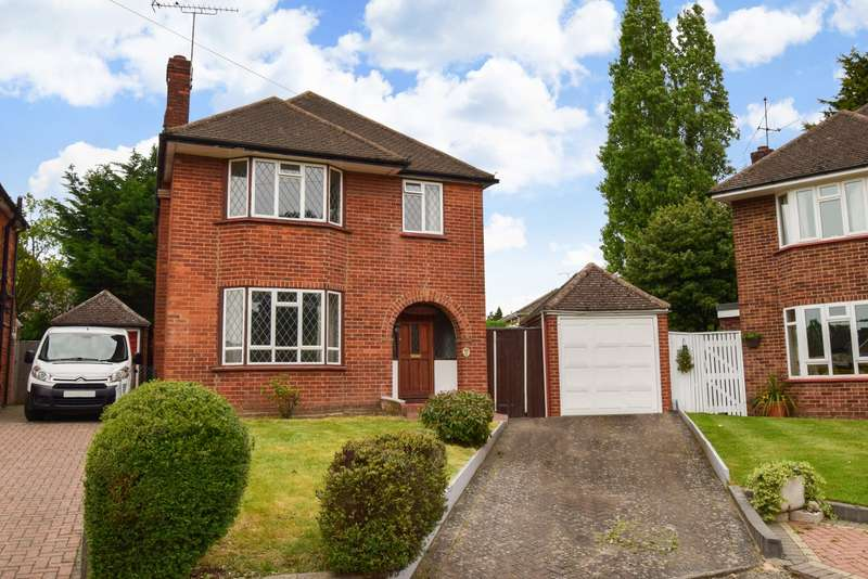 3 Bedrooms Detached House for sale in Hurstfield Drive, Taplow, SL6