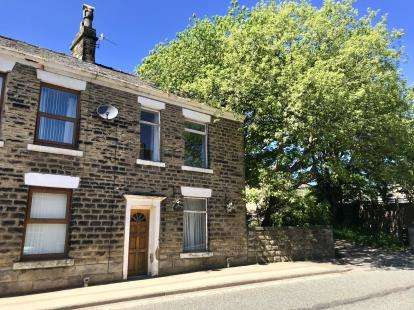 2 Bedrooms Terraced House for sale in Manchester Road, Mossley, Greater Manchester