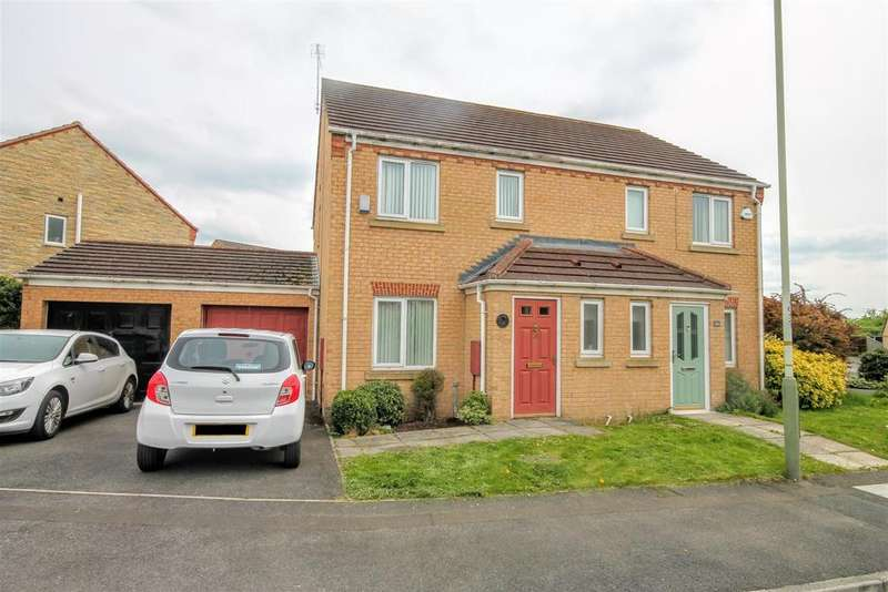 3 Bedrooms Semi Detached House for sale in Pinewood Close, Darlington