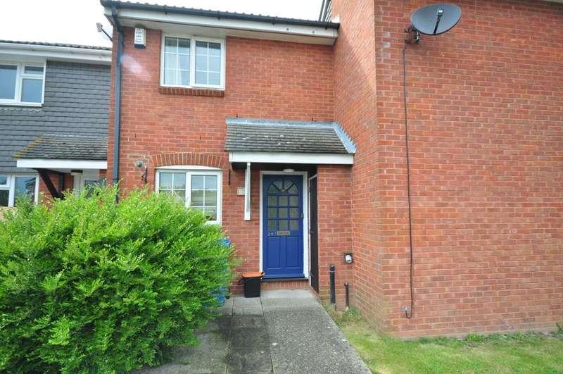 2 Bedrooms Terraced House for rent in Hazebrouck Road Faversham ME13