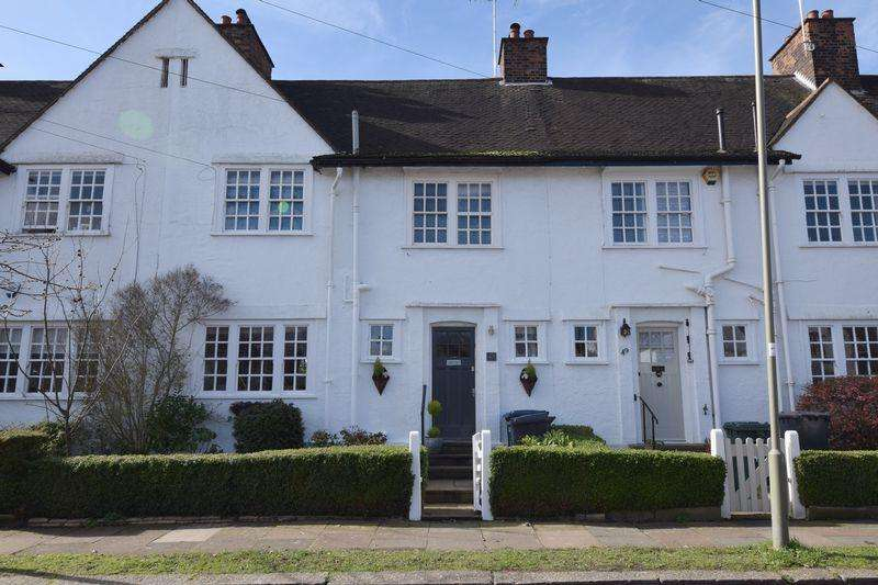 4 Bedrooms Cottage House for sale in Erskine Hill, Hampstead Garden Suburb, NW11
