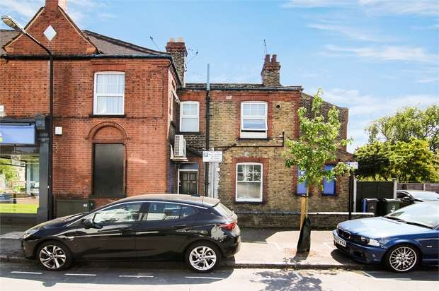 2 Bedrooms Flat for sale in Chingford Road, Walthamstow, London
