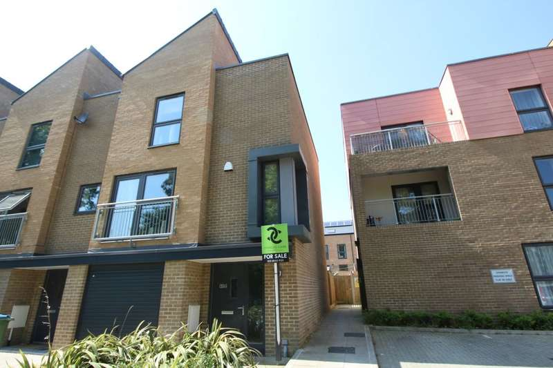 4 Bedrooms Property for sale in Mansfield Park Street, SOUTHAMPTON, SO18